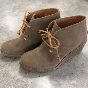 Sperry Women's Stella Prow Ankle Boots NWOT sz 7